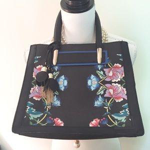 Floral handbag w tassel